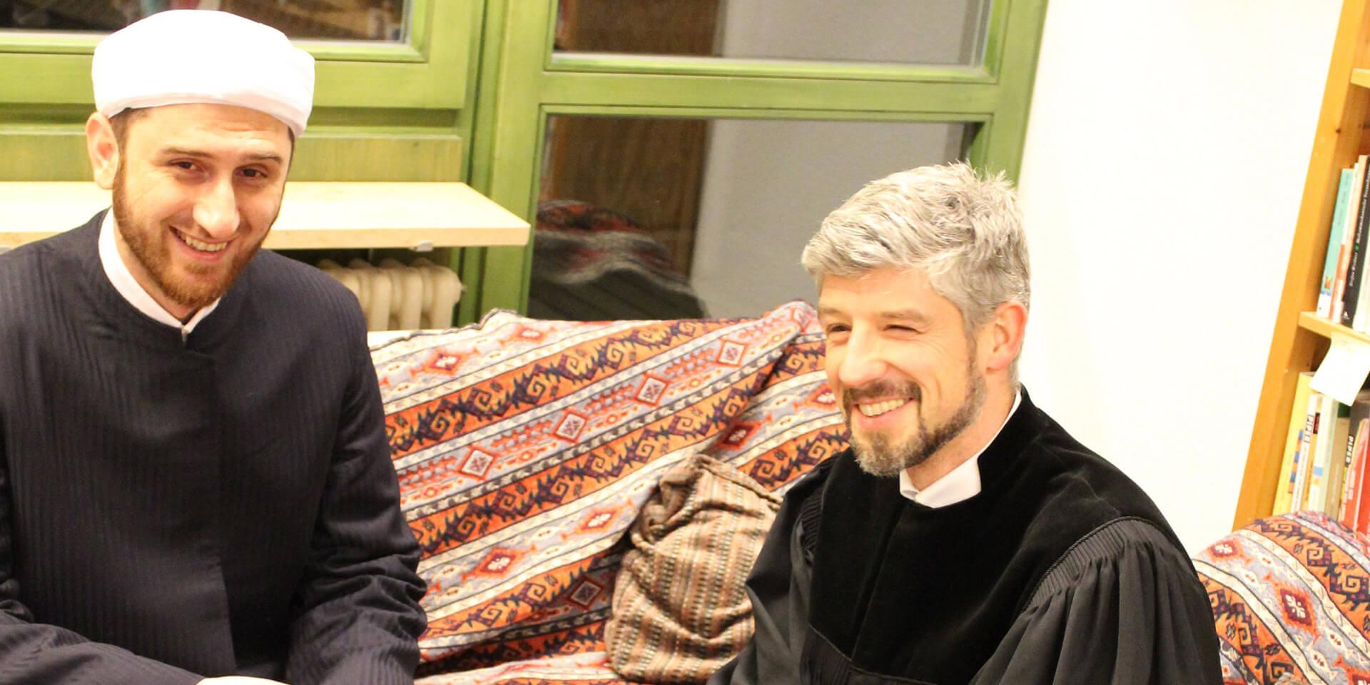 Pfarrer Thomas Amberg und xy bei: DIWAN - Man(n) trifft sich